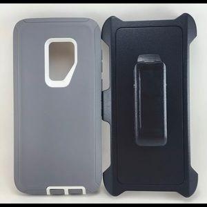 Samsung Galaxy S9+ defender type case